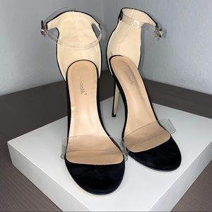 FASHION NOVA Black Stilleto Heels Clear straps